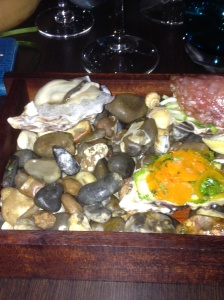Plate of oysters with escabeche
